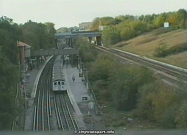 North Acton station 4th Oct 1990 - Source: citytransportinfo
