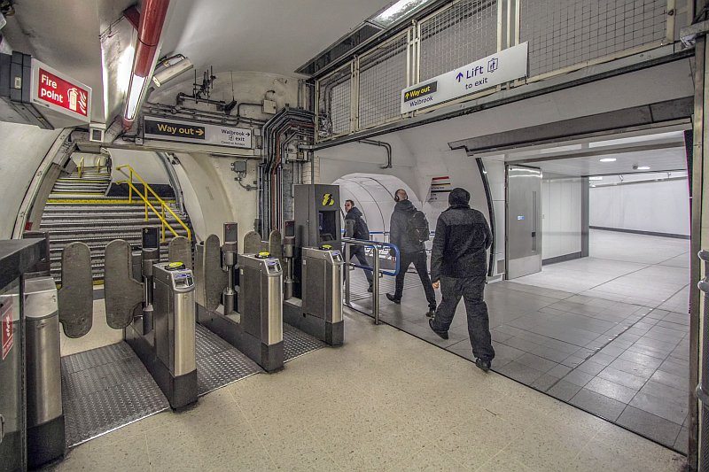 IMG 8588x - The Tube's new Walbrook entrance finally opens!
